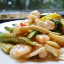 海老とアスパラの炒め物