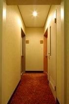 2階 共有手洗所