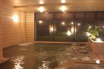 夜の大浴場