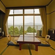 【8畳客室】カップル・御夫婦にお勧め☆こちらの御部屋タイプは、全室外輪山向きの造りとなっております。