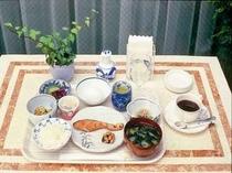 ご朝食◆焼き魚がメインの和食