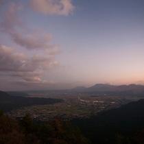 山あいの街