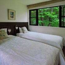 【森】寝室