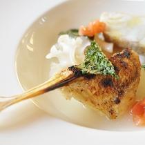 サラカリーナ/魚料理一例