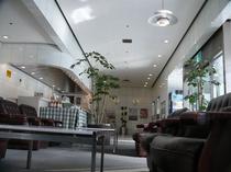 ホテル1Fフロント