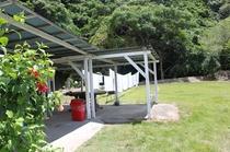 BBQスペースにはヤンバルの大自然を堪能できます。