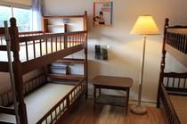 大個室。4名様まで宿泊可能です。