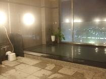大浴場夜2