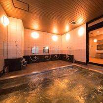 ■殿方用大浴場■浴槽は清潔感のあるステンレス製の沸かし湯循環式になっております。