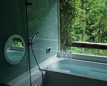 浴室付き客室(浴室)
