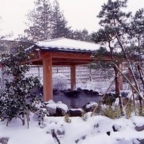 露天風呂(冬)…寒いからこそ温泉が恋しい季節、秋保は湯冷めしにくい温泉です