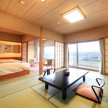 ひのき亭ベッド付禁煙…和室10+4.5畳にシモンズ製のセミダブルベッドが入っています。