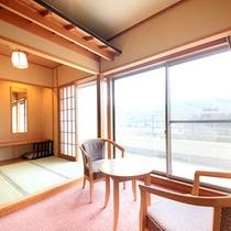 清涼館…全室南向き、バルコニー付きでプライベートな空間をご満喫いただけます