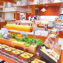 *【魚沼スイーツガーデン NATURA】米粉を使ったバウムクーヘンやピザなど、美味しい名産が勢揃い!