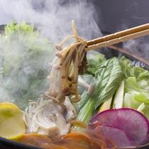 和匠ダイニング 菜す乃:旬の新鮮野菜のしゃぶしゃぶ
