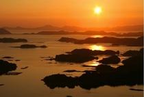 映画「ラストサムライ」のロケ地にもなった美しい夕陽を一望できる【石岳展望台】