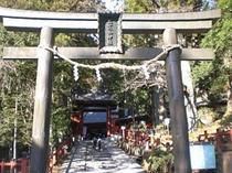 ニ荒山神社