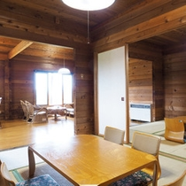 【ログハウス】6畳の和室が2間&リビングは16畳!