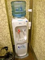 女性大浴場給水機(岩盤浴時には必ず給水してください)