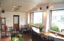 1階喫茶きりん館