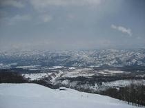関温泉スキー場から