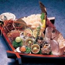 """1品料理""""舟盛り""""写真は一例21,000円〜になりますが、通常の舟盛りは10,000円〜"""