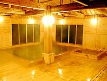 離れ宿泊専用ひのき風呂