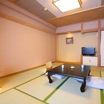 各お部屋、趣向の異なる心地良い和室。一般客室一例