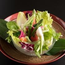 新鮮な野菜もふんだんに(一例)