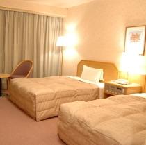 【ツインスタンダード】広々23平米・横幅120cmのベッド