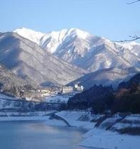 冬の赤谷湖