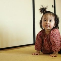 広々コテージで赤ちゃんも自由自在!