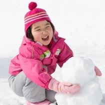 雪だるま作りって楽しい(^^)