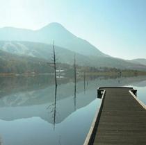 女神湖の朝もや