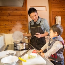■コテージの楽しみ方例■キッチンで手料理