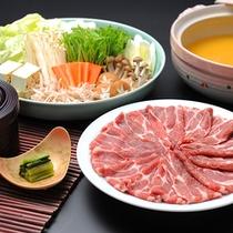 ■お部屋でお食事♪ケータリング例■ 信州豚味噌鍋♪みんなで盛り上がろう!