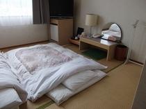 8畳の和室です。畳好きの方やご家族・お友達の方のご利用に最適です。