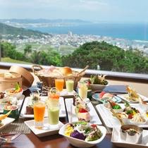 レストラン「サンピア」食事イメージ