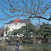 春の鶴岡公園