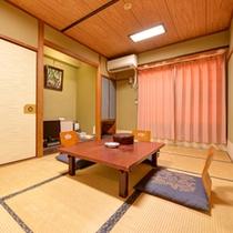 *和室7.5畳客室一例/一人旅やビジネスでのご宿泊に◎畳の香りがほのかに薫るお部屋でお寛ぎ下さい。