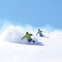 【シーズンイメージ】冬は札幌国際スキー場リフト券付プランが登場