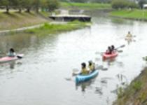 菊水民家村で体験できるカヌー