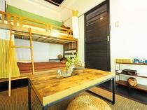 【4人部屋(2段ベッド×2)】みんなで泊まりたくなる、暮らしたくなるような客室です!