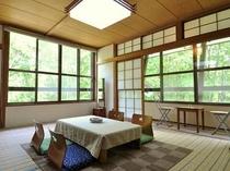 花の間・和室15畳最大6名様まで宿泊可能