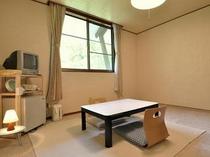 空の間・和室8畳最大3名様まで宿泊可能です。