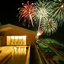 【6月上旬】稲取どんつく祭りのラストを締めくくる花火は圧巻です。