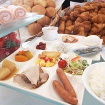 【朝食】多様な種類をお楽しみいただけるバイキングをご用意!
