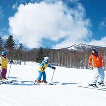 *ウィンタースポーツ/G.Oによるスキーレッスンも充実。
