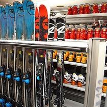 *スキー・スノーボードレンタル(別途料金)//多種お取り扱いがございます。