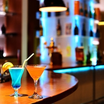 *バー/アルコールメニューも各種。もちろん追加料金なしでお好きなだけ♪